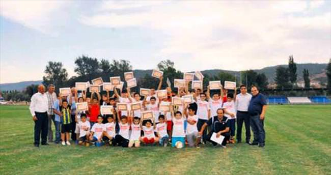 Nallıhanspor Futbol Okulu sona erdi
