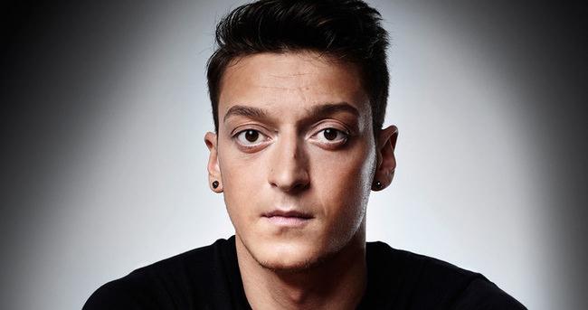 Mesut Özil'den eski sevgiliye destek