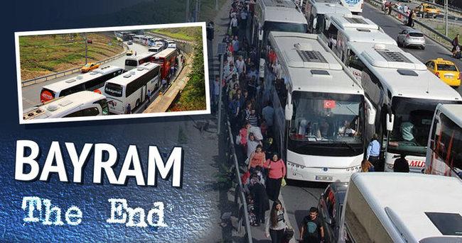 Otogar'da İstanbul'a dönüş çilesi