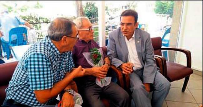 Milletvekili Budak yaşlıları ziyaret etti