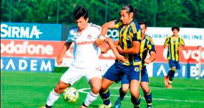 U21 derbisi berabere