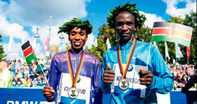 Berlin Maratonu'na Kenyalılar damga vurdu