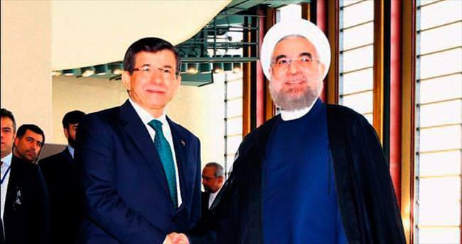 Ruhani'ye İran basınındaki çirkin haberleri hatırlattı