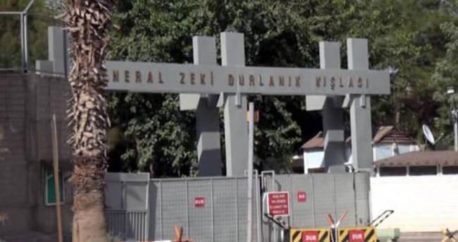 PKK'lı teröristler lojmanlara saldırdı: 2 asker yaralı