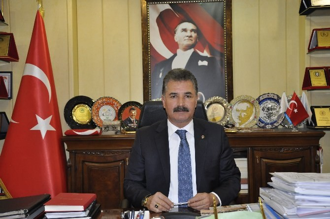 Tuna, Türk Dili'ni Güzel Ve Etkili Kullanmaya Davet Etti