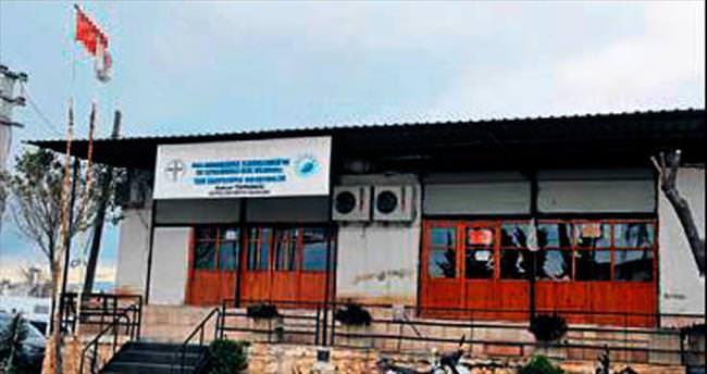 Selçuklu mimarisi ile yardım merkezi