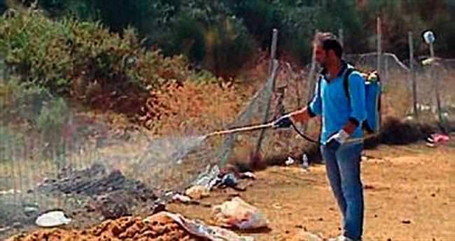 İskenderun'da kurban yerleri temizleniyor