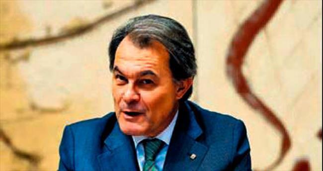 Katalonya Başkanı Mas ifade verecek