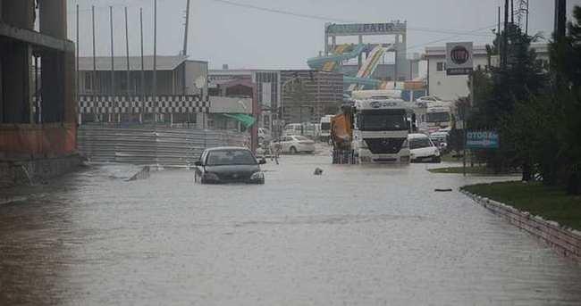 Zonguldak'ta sel baskını!
