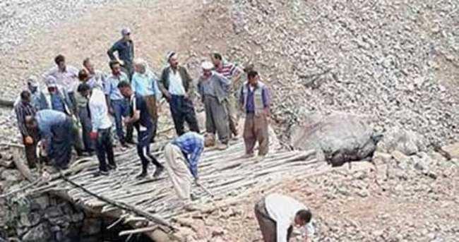 PKK vatandaşın yaptığı köprüyü patlattı!