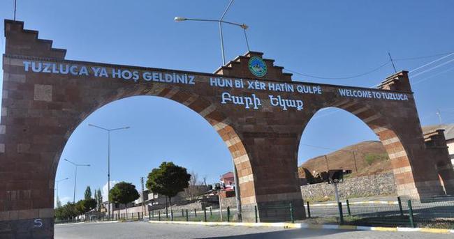 Ermenice tabelanın kaldırılması için imza kampanyası!
