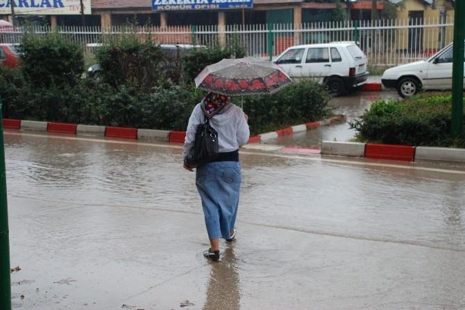 Kırıkkale'de Sağnak Yağış.