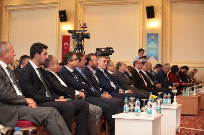 Başkan Toçoğlu AK Parti Yerel Yönetimler İstişare Toplantısı'na Katıldı