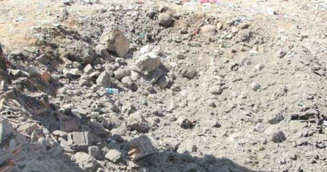 Bomba ellerinde patladı: 2 terörist öldü