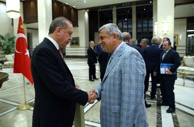 Başkan Karaosmanoğlu, Cumhurbaşkanı'na Konuk Oldu