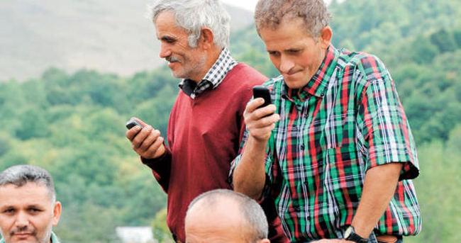 Akıllı telefonlar yaşlıların zihnini gençleştiriyor