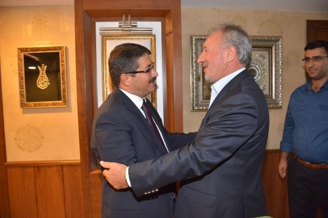 Hak- İş'ten Başkan Çelik'e Ziyaret