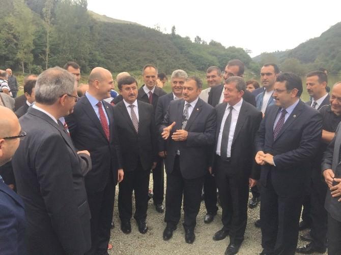 Orman Ve Su İşleri Bakanı Veysel Eroğlu, Sera Gölü'nde İncelemelerde Bulundu