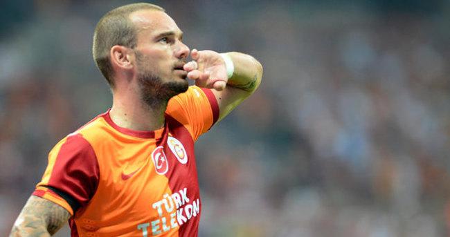 Galatasaray Sneijder ile imzaladı!