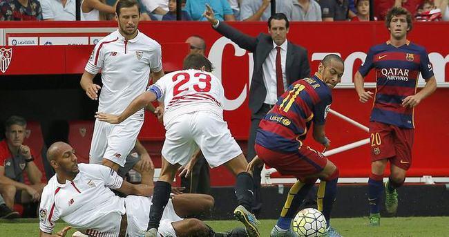 Barcelona'ya bir şok da Sevilla'dan