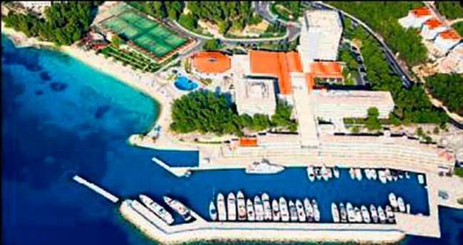Saran Hırvatistan'da 5 yıldızlı otel alıyor