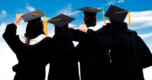 Gençler en çok eğitimde iş arıyor