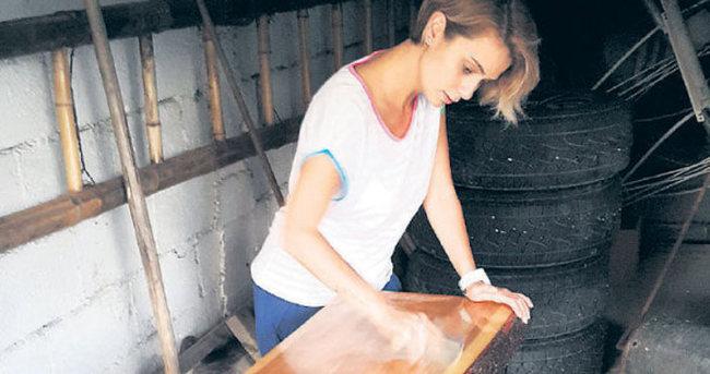 Çiğdem Batur marangoz oldu