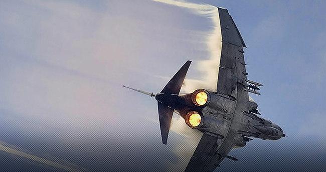 Muhalifler Rusya uçağını düşürdü