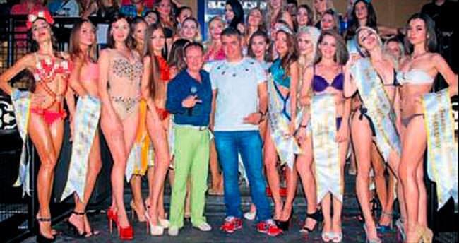 Bikini Güzeli Kemer'de seçildi