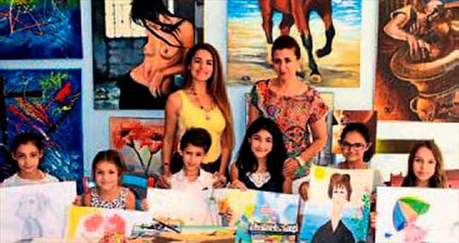 Minik ressamlar eğitimden geçiyor
