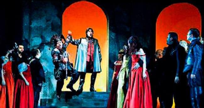İZDOP sezonu Rigoletto ile açtı