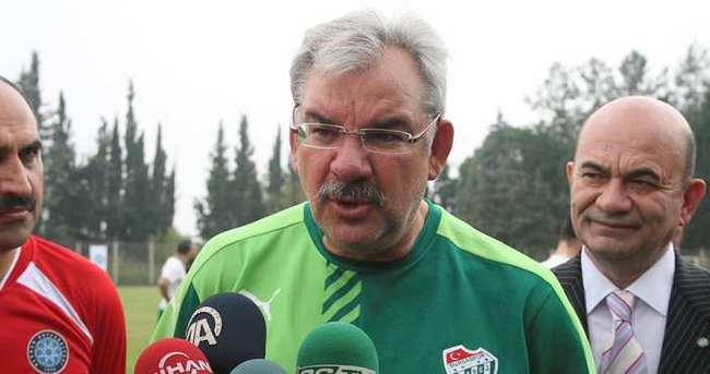 Bursaspor Başkanı Recep Bölükbaşı özür diledi