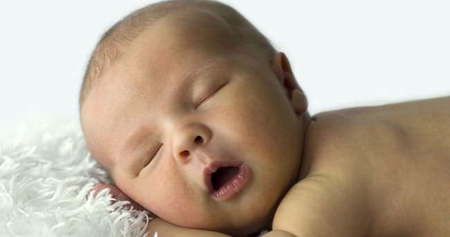 Bebeklerde hırıltı nasıl geçer?