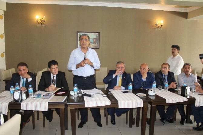 Karaman'da AK Parti İl Teşkilatı Basınla Buluştu