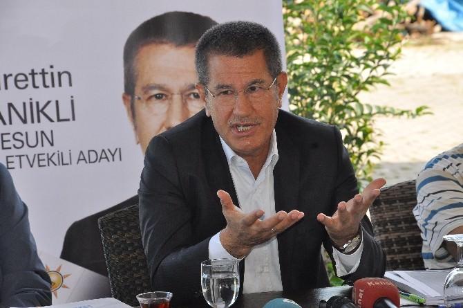 Eski Gümrük Ve Ticaret Bakanı Ve AK Parti Giresun Milletvekili Adayı Nurettin Canikli Basın Toplantısı Düzenledi