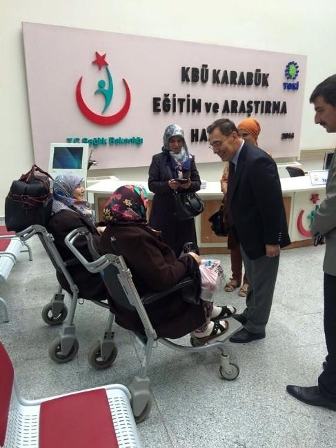 MHP Adayı Kar Hastanede Ziyaretlerde Bulundu