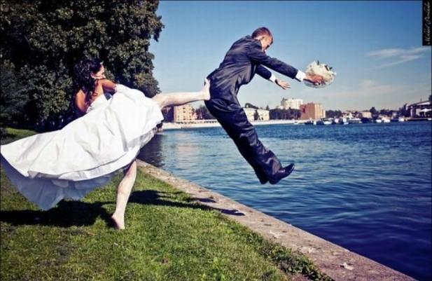 Yeni evlendiğini cümle aleme duyuranlar