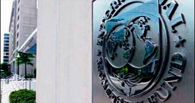 IMF, 2015 büyüme tahminini düşürdü