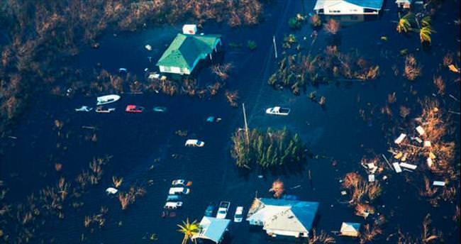 Bahamalar sular altında