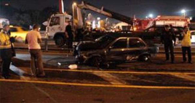 Metrobüs yolunda kaza: 1 yaralı!