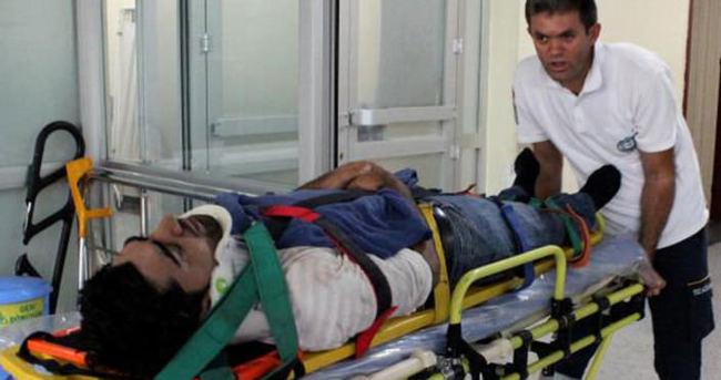 İşçi servisi refüje çarptı: 11 yaralı
