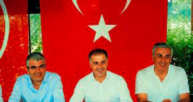 MHP'nin adayları seçmenle buluştu