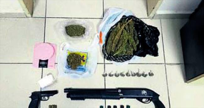 Dört uyuşturucu taciri yakalandı