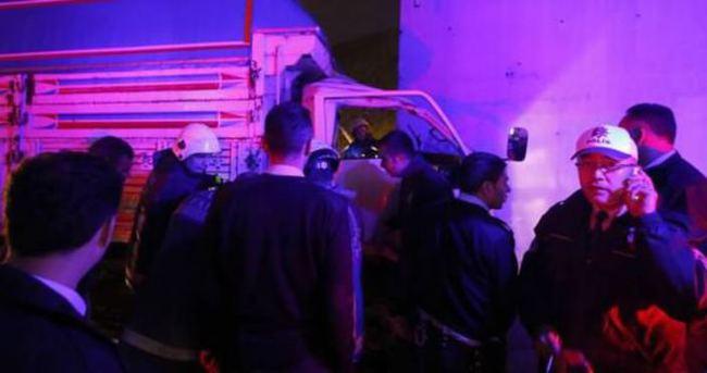 İstanbul TEM Otoyolu'nda trafik kazası: 4 yaralı!