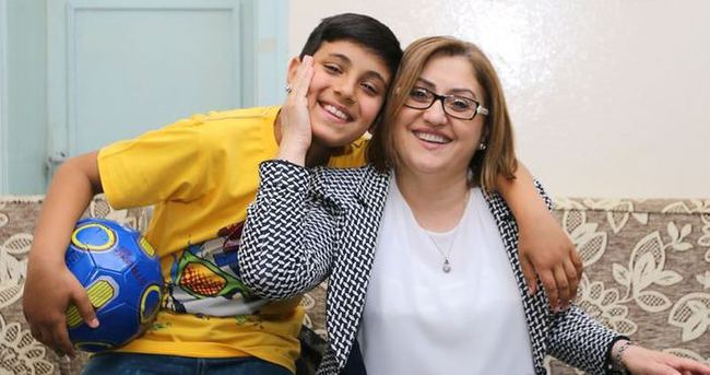 Fatma Şahin 991 yetim çocuğun hayalini gerçekleştirdi