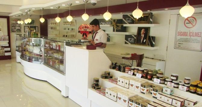 Kardelen Kestane Şekeri Yalova'da Mağaza Açtı