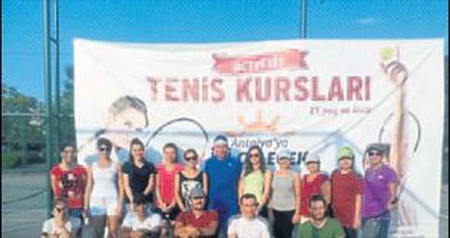 Ücretsiz tenis kursu başladı