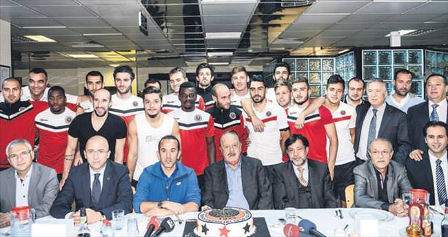 Hediyem Galatasaray galibiyeti olsun