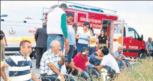 Torbalı'da otomobil askeri araçla çarpıştı