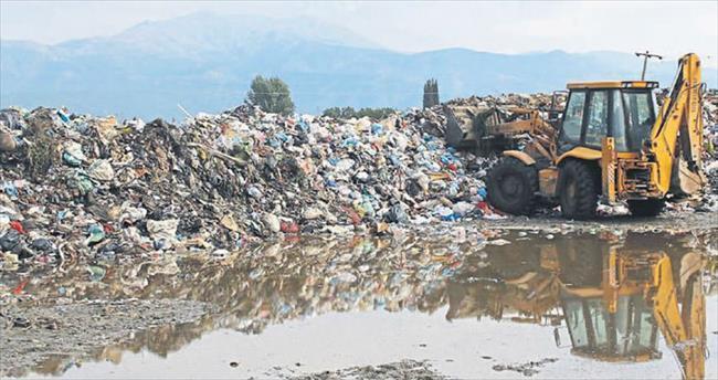 Çöp dağı büyüyor Ödemiş'i duyan yok